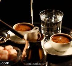 لماذا يقدم الماء مع القهوة التركية؟